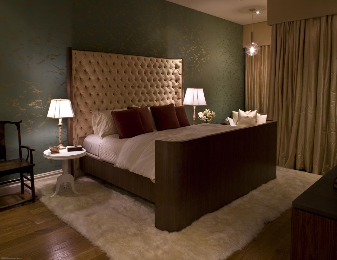 This valentines day turn the bedroom into a chic boudoir for Ambiance boudoir decoration
